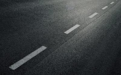 Jak wygląda układanie nawierzchni asfaltowej?